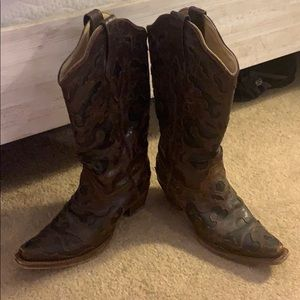 Authentic Corral Vintage Cowgirl Boots